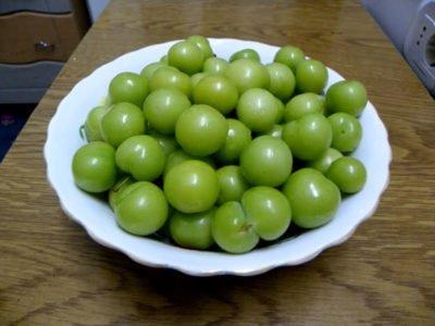 Соленая алыча как оливки