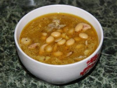 Суп с кокосовыми сливками и долихосом